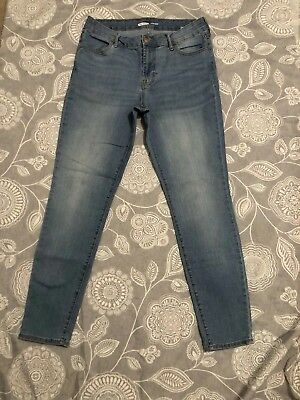 f31782c5326 Old Navy Women s Super Skinny Mid-Rise Blue Jeans Size 8 R Color Santa  Catarina