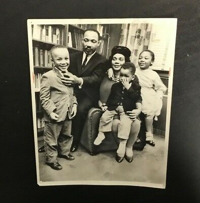 Original Martin Luther King JR MLK 1963 Press Wire Photo Family Rare Vintage