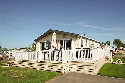 Luxury Willerby Cadence Lodge 3 bedrooms, 8 berth. Beautiful views from deck