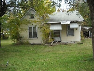 Fixer-Upper House In Coffeyville! Southeast Kansas!