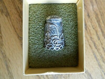 Vintage Mexico Leaf & Vine Mexican 92.5 Sterling Silver Sewing Thimble