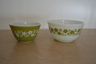 Rare Vintage Set of 2 Pyrex Nesting Bowls Olive Green Daisy Chain