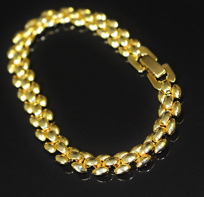 Vintage Bracelet Narrow Pebble Chain Fine Gold Tone Fold Over Clasp Exc Cond 219