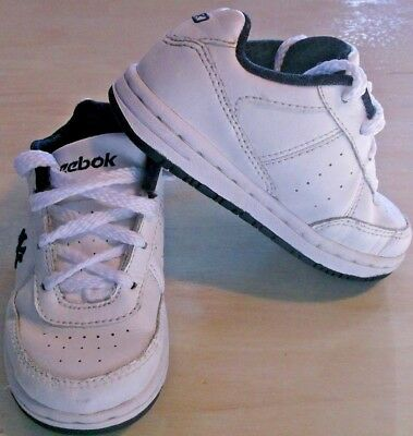 d8455b5b765 Reebok Classic White navy Toddlers Kids Shoes Size 7 NY Yankees authentic