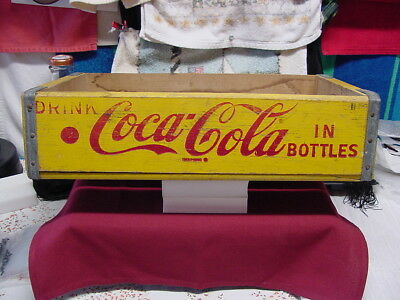 Vintage1960's CocaCola Wood packing case 24 12oz BottlesM 4-66 Richmond Virginia