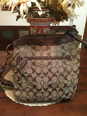 cb11e027e616 PREOWNED COACH BROWN and Tan Shoulder Hobo Handbag Signature Canvas ...