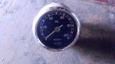 Motometer oil pressure gauge in good used condition, like Smiths but cooler