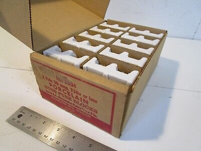 Buss 2604 Fuse Block, 2 pole, 250 volt, 30 amp, Lot of 10