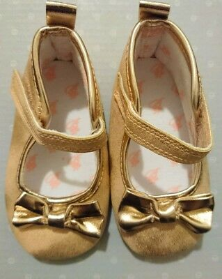 02ac90a1c Ted Baker Baby Girl Pram Shoes 3-6 Months Very Good Condition Gold