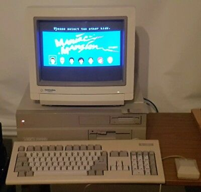 Commodore Amiga 2000HD 2000 with 2091 hdd card, hard to find, rare