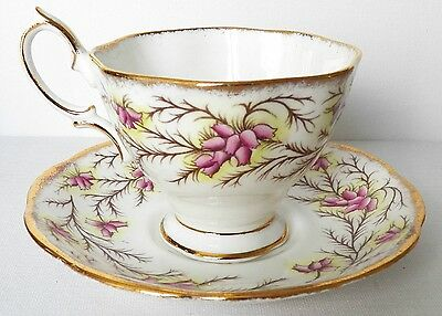 Lovely Royal Albert Fine Bone China Footed Tea Cup & Saucer Heather Bell 2687