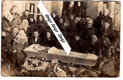 early 1900 LADY POST MORTEM OPEN COFFIN , PEOPLE ORIGINAL ANTIQUE PHOTO EUROPEAN