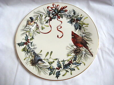 Lenox Winter Greetings Dinner Plate Red Ribbons Birds on Holly and Pine