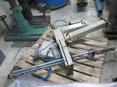 Robot Systems Flexible Automation Model AX-32 3-Axis Sprue Picker W/Control