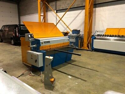 Edwards Pearson  Popular DD 3.5/1300 Guillotine  Listed Price  + Vat