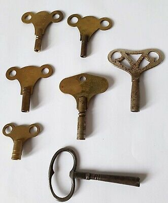 Vintage Small Collection Of Brass & Metal Clock Keys