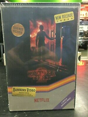 STRANGER THINGS Season 2 Collection Edition 4K Ultra HD Blu Ray 6-Disc Set