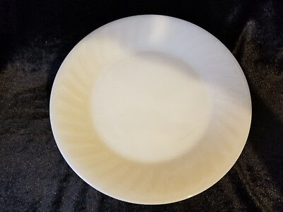 FIRE KING DINNER PLATES Vintage OVEN WARE 9 inch Glossy/Ivory swirl set of 4