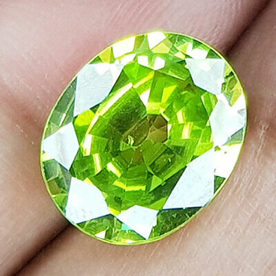 15.68 Cts Recommended Big Top Purity Fancy Apple Green Natural Peridot