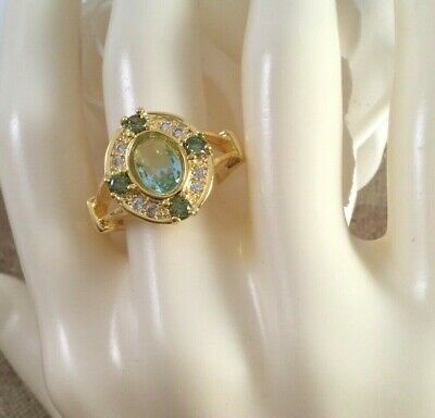 Vintage Jewellery Gold Ring with Aquamarines and Peridots Antique Dress Jewelry