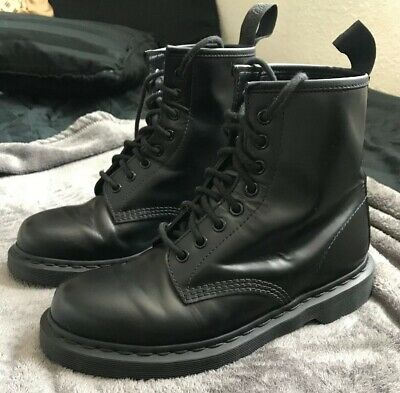 dbc5fb8f02a DR. MARTENS 1460 Mono 8 Eye Black Smooth Men's Leather Boot 14353001 Size  US8