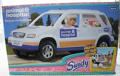 "1999 VIVID SINDY ""ANIMAL HOSPITAL RESCUE AMBULANCE"" Set Complete IOB 26110"