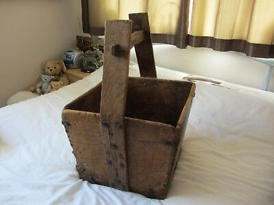 Beautiful Antique Chinese Oak Wooden Rice Well Grain Bucket Traditional Design