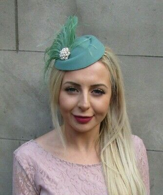 Sage Moss Green Cream Pearl Feather Pillbox Hat Hair Clip Fascinator Races 7036