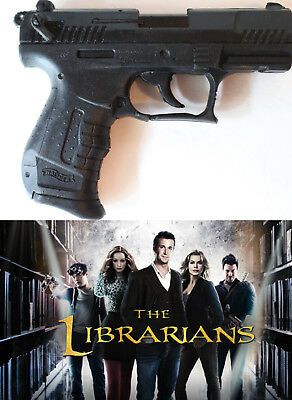THE LIBRARIANS TV Show Prop Production Fake Rubber Gun Walther Glock 1