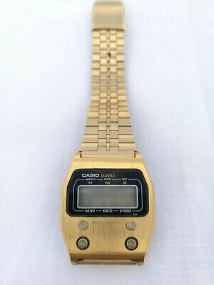 RARE VINTAGE CASIO 52QGS-14 GOLD DIGITAL LCD Watch. Japan FOR PARTS OR REPAIR