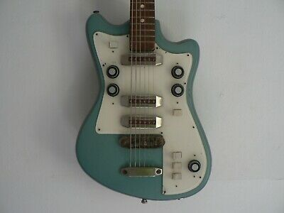 Solo 2 electric guitar, made in USSR, 1991