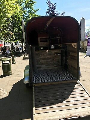 Rice Beaufort Sixty Double Horsebox Bar in good condition.