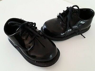f26ae1aba5c1 BABY BOYS PATENT smart occasion WEDDING SHOES size 6 black toddler ...