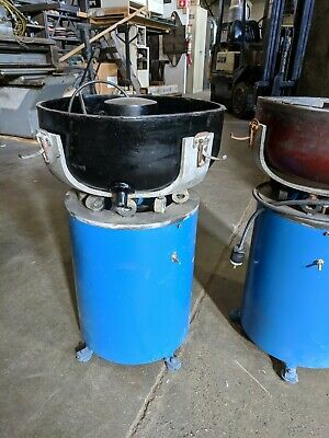 Bel-Air 1/2 Cubic Foot Vibratory Tumbler, Model FM-2000