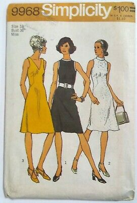 LADIES RETRO KNEE LENGTH CONTRAST DRESS PATTERN 12 or 16 1972 SIMPLICITY #9912