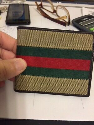 d3d21f4f5ea Gucci Men s Wallet used it once new condition authentic Gucci wallet from  Italy!