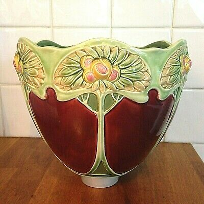 A Fabulous Arts & Crafts Movement Ceramic Jardiniere - Art Nouveau Majolica