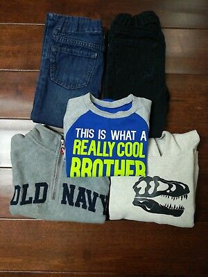 Toddler boys clothes lot of 5 size 4t.