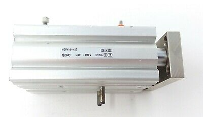 Smc Compact Guide Air Cylinder Mgpm16-40Z (Used)