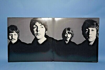 The Beatles Love Songs 2 LP NM Record Set w Booklet SKBL11711 Capitol 1977