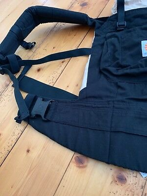 Ergobaby carrier in black, good condition