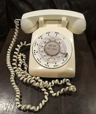 Western Electric Bell System White Rotary Dial Desk Telephone  500 Dm