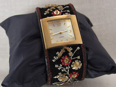 Wide Black Velvet Stitched Beaded flower Ladies Cuff Watch ~works