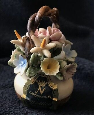 Capodimonte Mollica Made In Italy Miniature Vase With Flowers