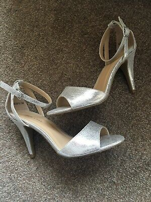 ada876e384e Ladies New Look Silver Ankle Strap Sandals Uk Size 6 Bnwt