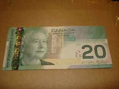 Issue 2004 $100 Bank of Canada Banknote Replacement Note EJE1835574//75 UNC Grade