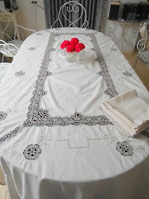 Stunning Banquet Size Cream & Ecru Crochet Inserts Tablecloth + 12 Napkins New
