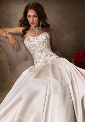 e19baa71f7953 MAGGIE SOTTERO ZANDER White wedding dress size UK12 - £225.00 ...