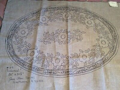 "OVAL RUG HOOKING PATTERN BY JANE OLSON  "" COLONIAL"" ON LiNEN CLOTH. # 23-J"