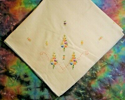 "Vintage White Tablecloth w/ Hand Embroidered Flowers 31"" x 34"""